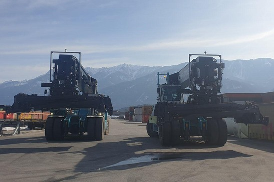 Reach stacker at the Terminal Villach