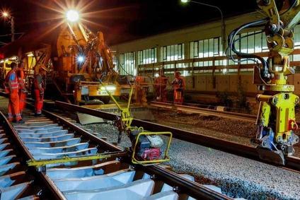 Gleisarbeiten in der Nacht