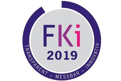 FKI 2019, transparent, messbar, innovativ - Abzeichen eines runden Siegels anlässlich der Teilnahme am Frauen-Karriere-Index 2019