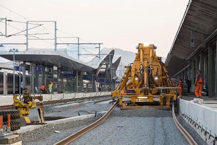 Abschließende Gleisarbeiten am Hauptbahnhof Graz