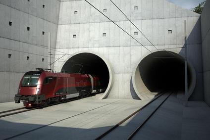 Train near the portal Mürzzuschlag.
