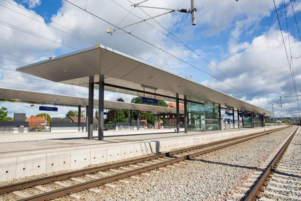 View of the new barrier-free platforms in Schärding.