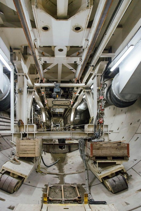 This picture shows the interior of a tunnel drilling machine.