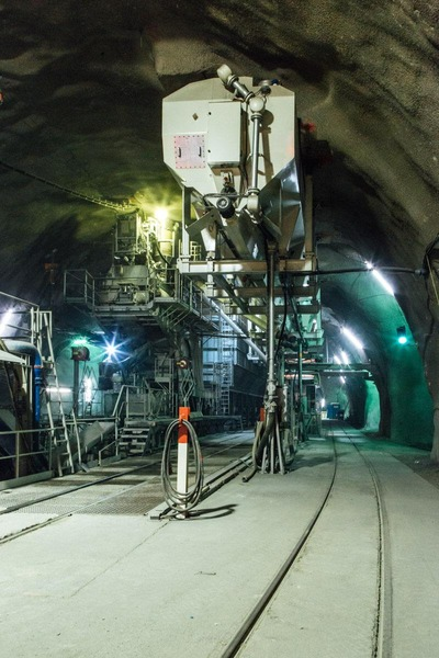 This picture shows a cement plant inside a tunnel tube.