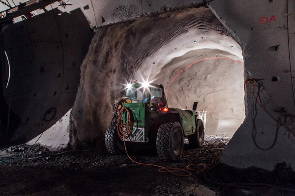 This picture shows two essential construction machines for the tunnel construction.
