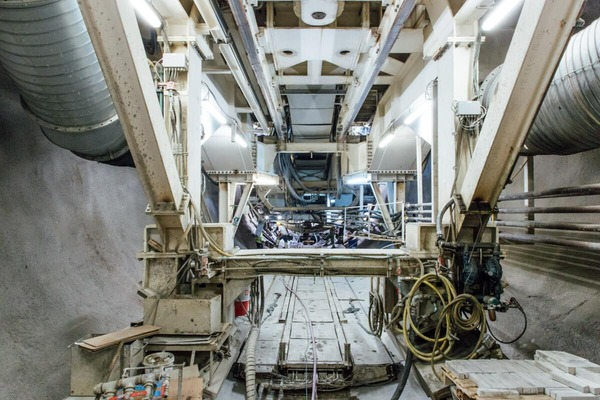 This picture shows the inner part of a tunnel drilling machine.