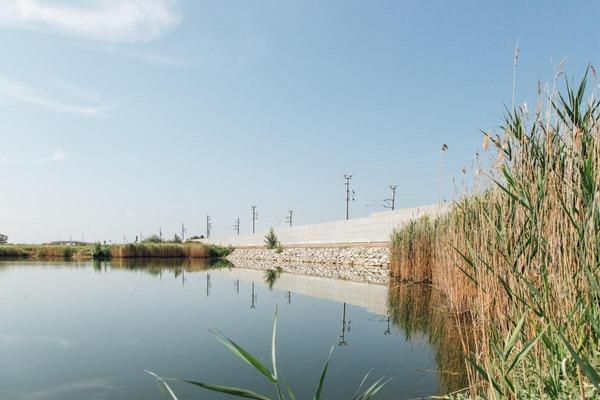 Pond near it rail network