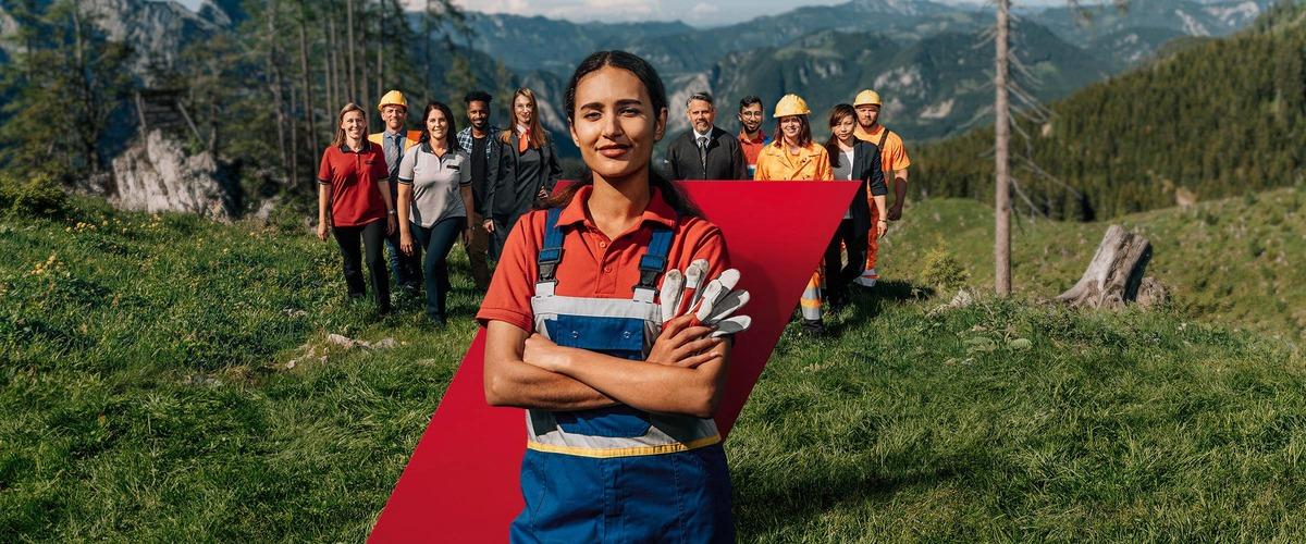 Gruppenfoto MitarbeiterInnen im Grünen