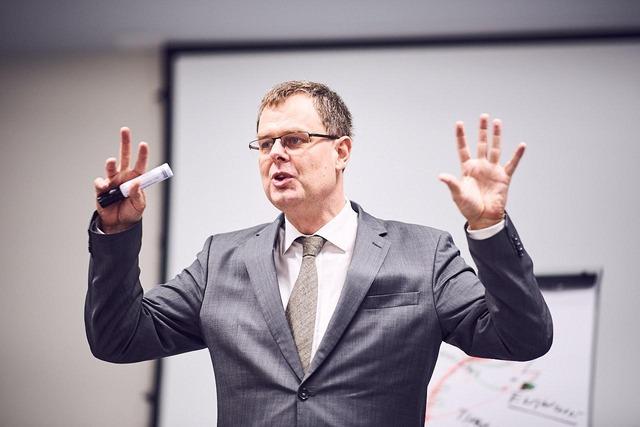 Impressionen ÖBB-Netzwerktreffen mit Netzwerkanalytiker Harald Katzmair über die Lazy Eight