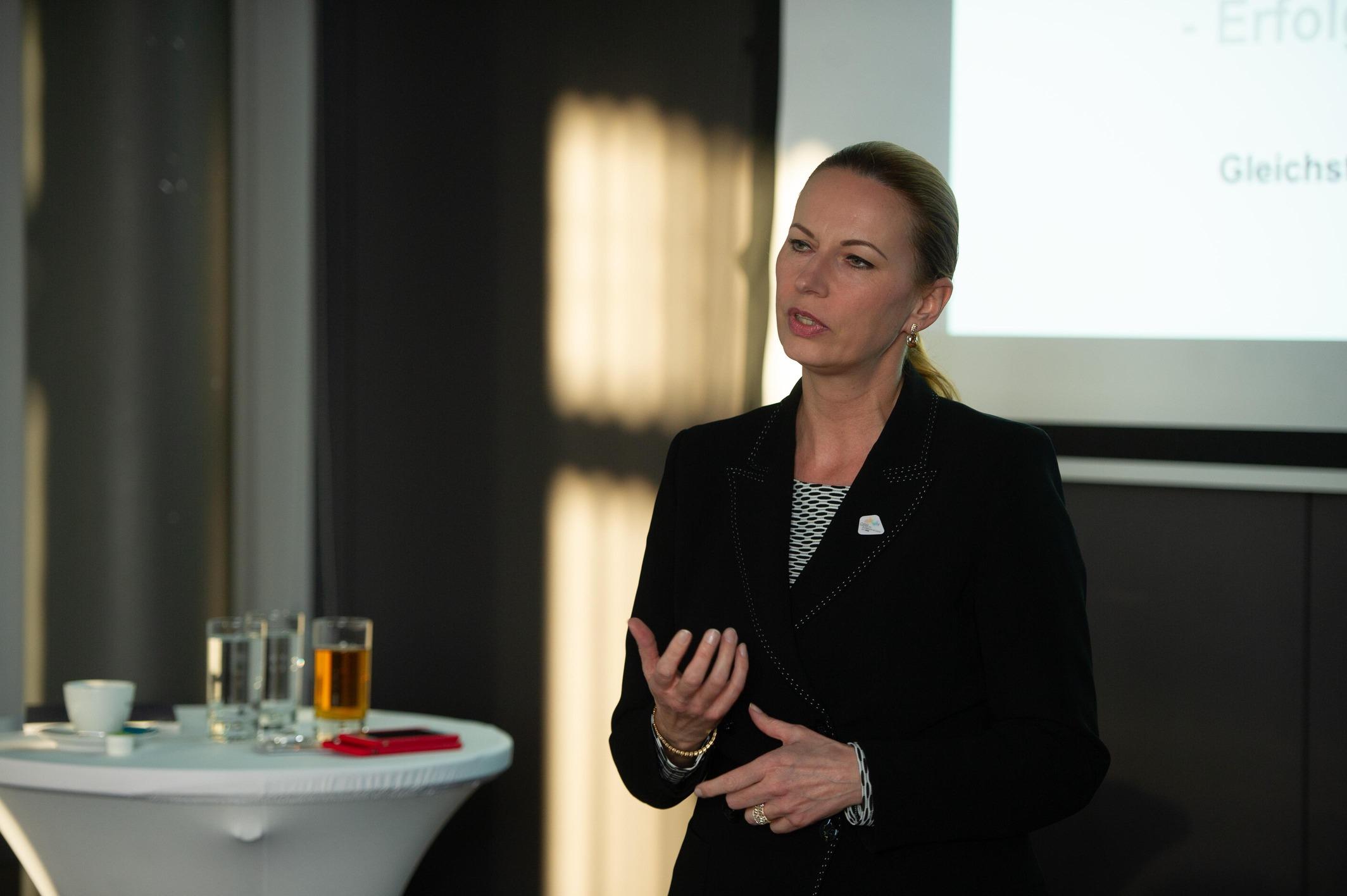 Michaela Huber (VD ÖBB-PV)