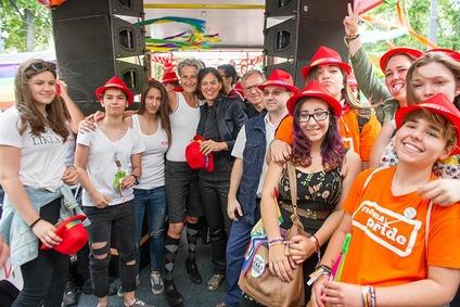 Impressionen Regenbogenparade und Pride Village