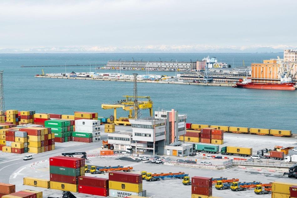 Hafen Triest