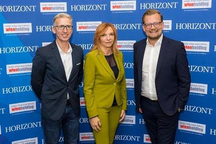 GroupM Österreich CEO Andreas Vretscha, ÖBB Werbung Geschäftsführerin Karin Seywald-Czihak und Jürgen Hofer, Chefredakteur Horizont