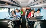 Intercitybus Fahrgäste im Bus