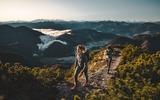 2 Wanderer in den Steinbergen in der Region PillerseeTal