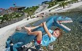 Kind und Dino im Triassic Park in der Region PillerseeTal