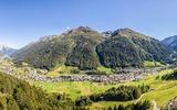 Panoramablick auf St. Anton