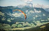 Paraglider in der Luft