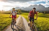 2 Mountainbiker in der Region Wilder Kaiser