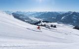 1 Skifahrer auf der Piste in der SkiWelt Wilder Kaiser - Brixental