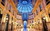 Milano Galleria Vittorio Emanuele II di notte