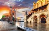 Krakau Marktplatz bei Sonnenuntergang