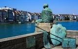 Statua di Basel Helvetia