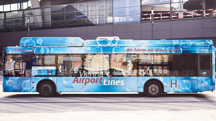 Wasserstoffbus Seitenaufnahme