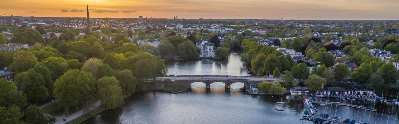 Alster Mündung in Hamburg