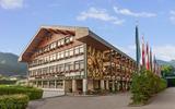 Alpenland Sporthotel Außenansicht