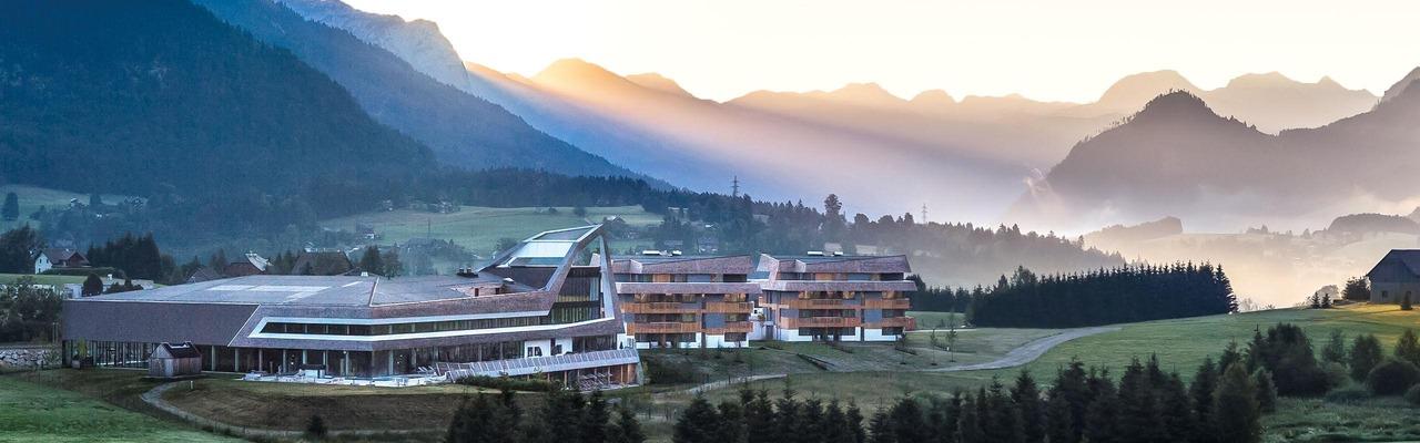 Landschaft beim Narzissen Vital Resort