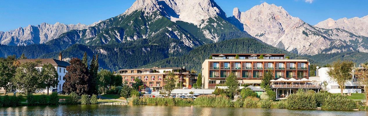 Ritzenhof - Hotel & Spa am See Seeansicht im Sommer