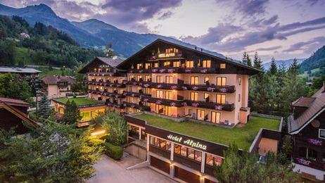 Hotel Alpina Außenansicht