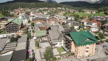 Hotel Karwendelhof Arial