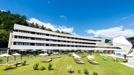 Thermenhotel Karawankenhof Liegewiese