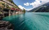 Bernina Express am Lago Bianco