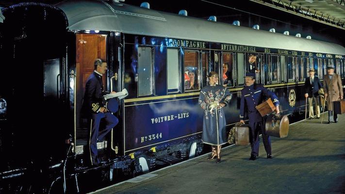 Venice Simplon Orient Express am Bahnsteig
