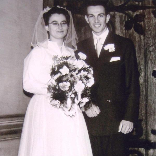 Maja und Stefan bei der Hochzeit