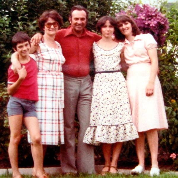Maja und Stefan mit Familie