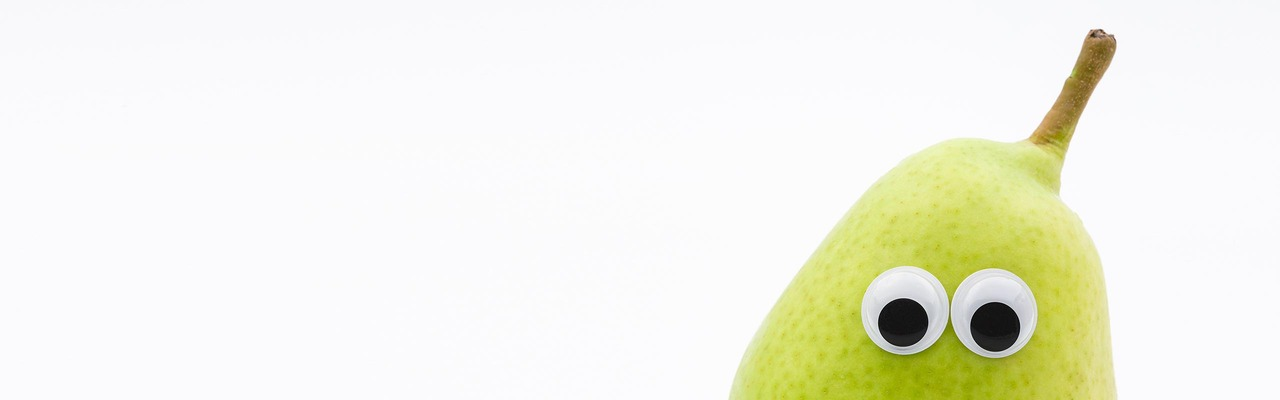 Eine Birne mit Augen