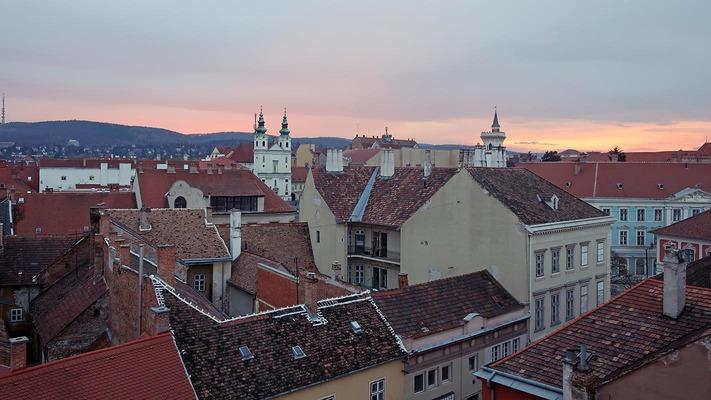 Blick über die Dächer Soprons