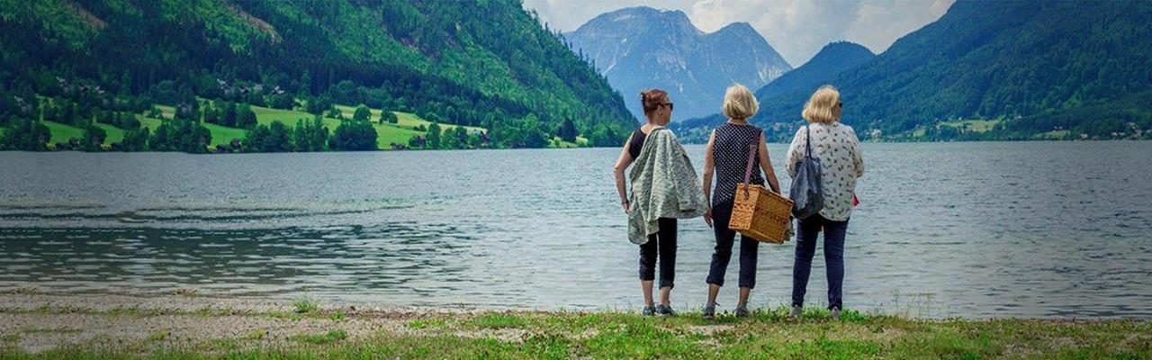 3 Damen vom Gleis Sujet am See