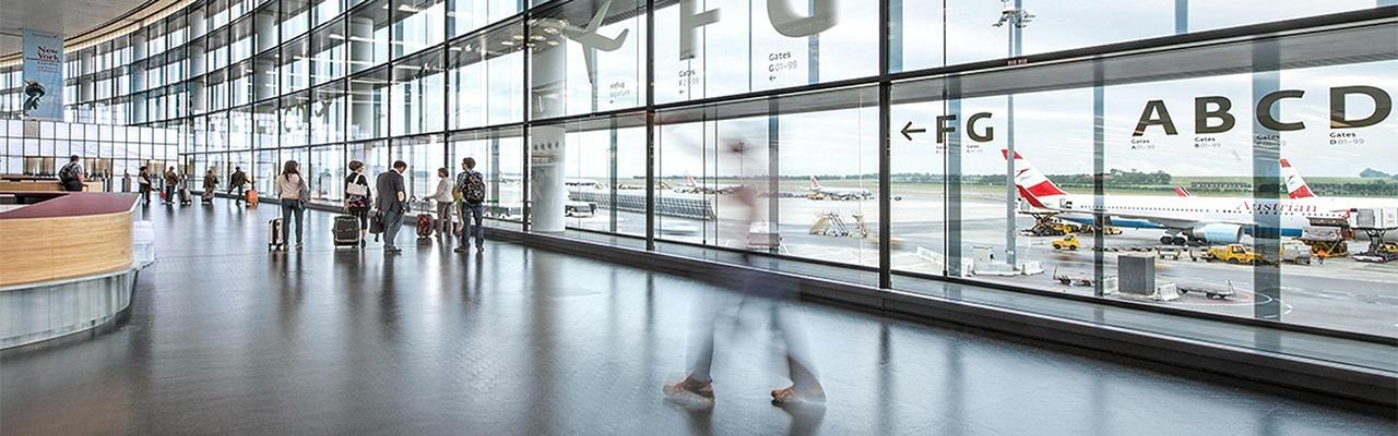 Vienna airport departure hall