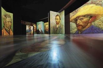 Ausstellung mit Bildern von Van Gogh