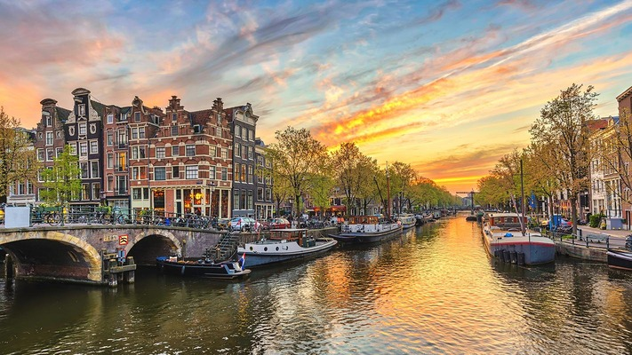 Canal in Amsterdam at dusk